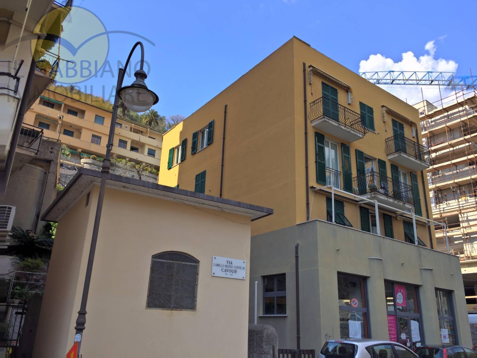 Appartamento in vendita a Bogliasco, 4 locali, prezzo € 198.000 | CambioCasa.it
