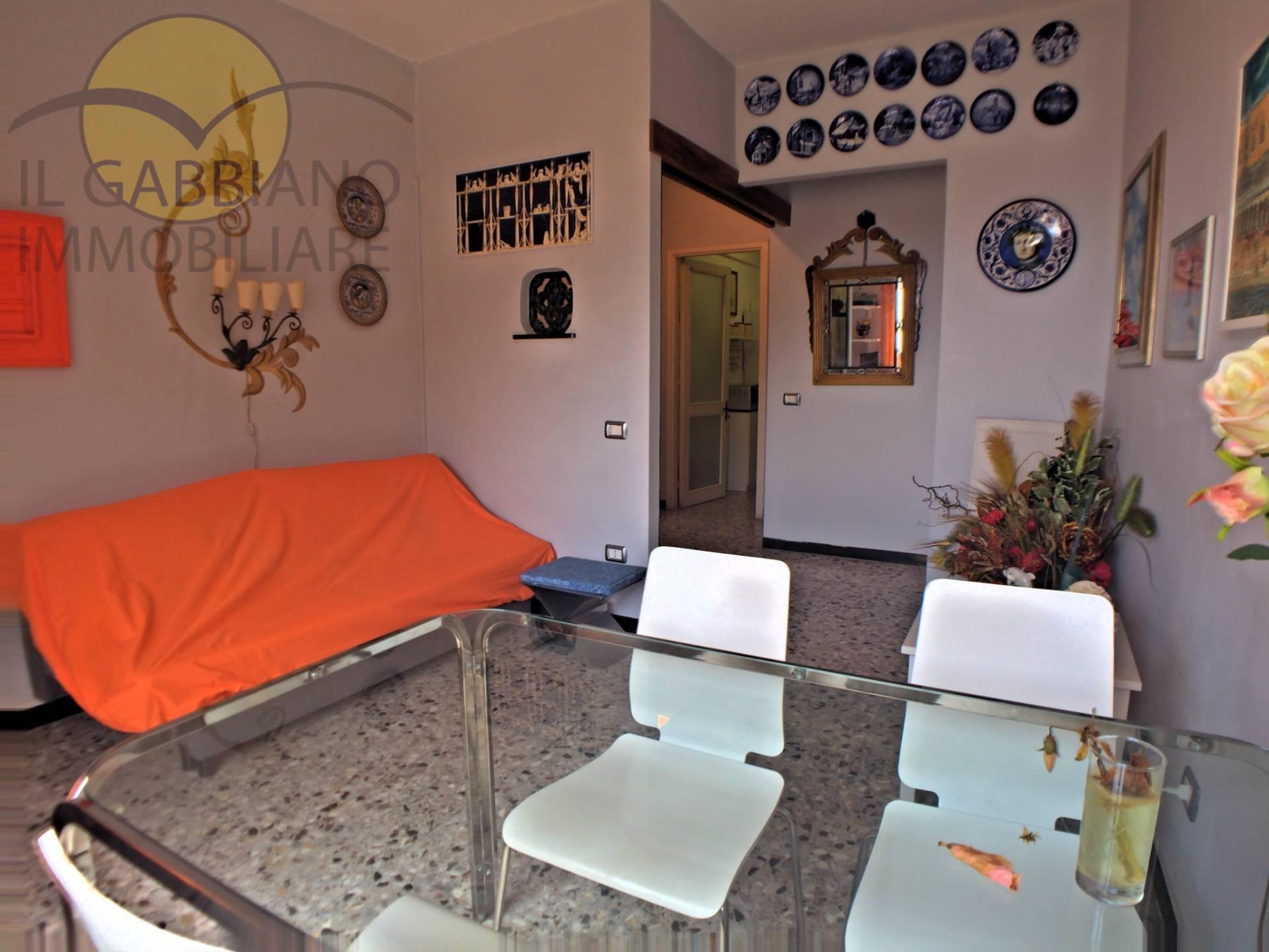 Appartamento in affitto a Sori, 3 locali, zona Località: centro, prezzo € 1.500 | CambioCasa.it