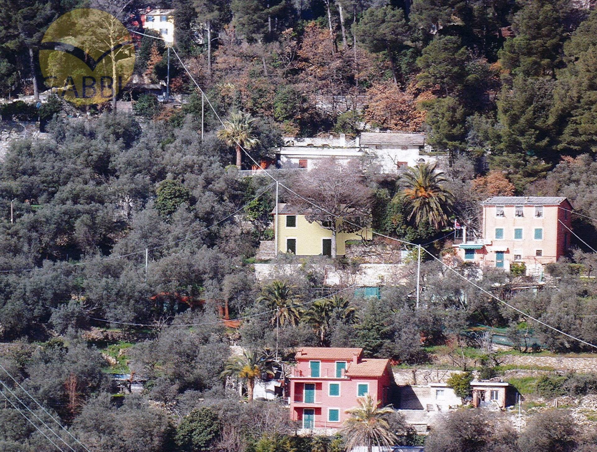 Soluzione Indipendente in vendita a Recco, 6 locali, zona Zona: Megli, prezzo € 150.000 | CambioCasa.it