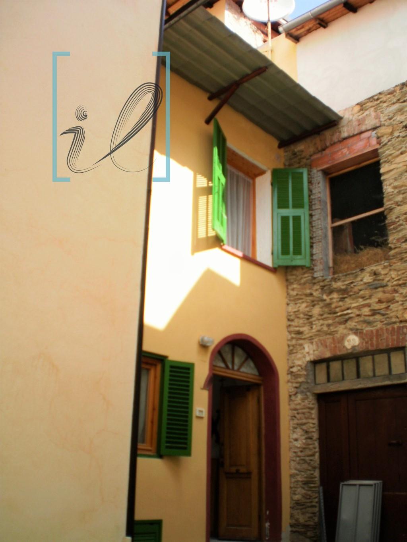 Rustico / Casale in vendita a Pornassio, 4 locali, prezzo € 45.000 | Cambio Casa.it