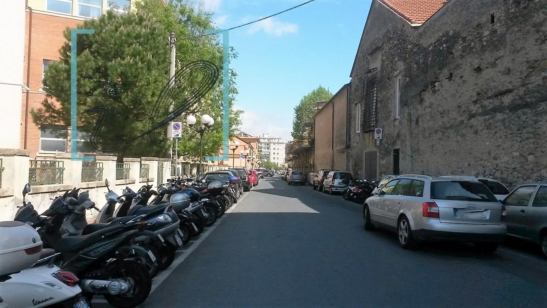 Magazzino in Vendita a Albenga