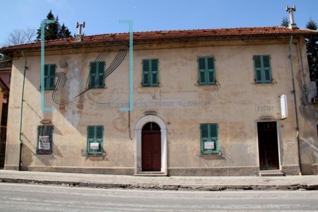 Soluzione Indipendente in vendita a Pornassio, 11 locali, zona Località: CasediNava, prezzo € 70.000 | CambioCasa.it