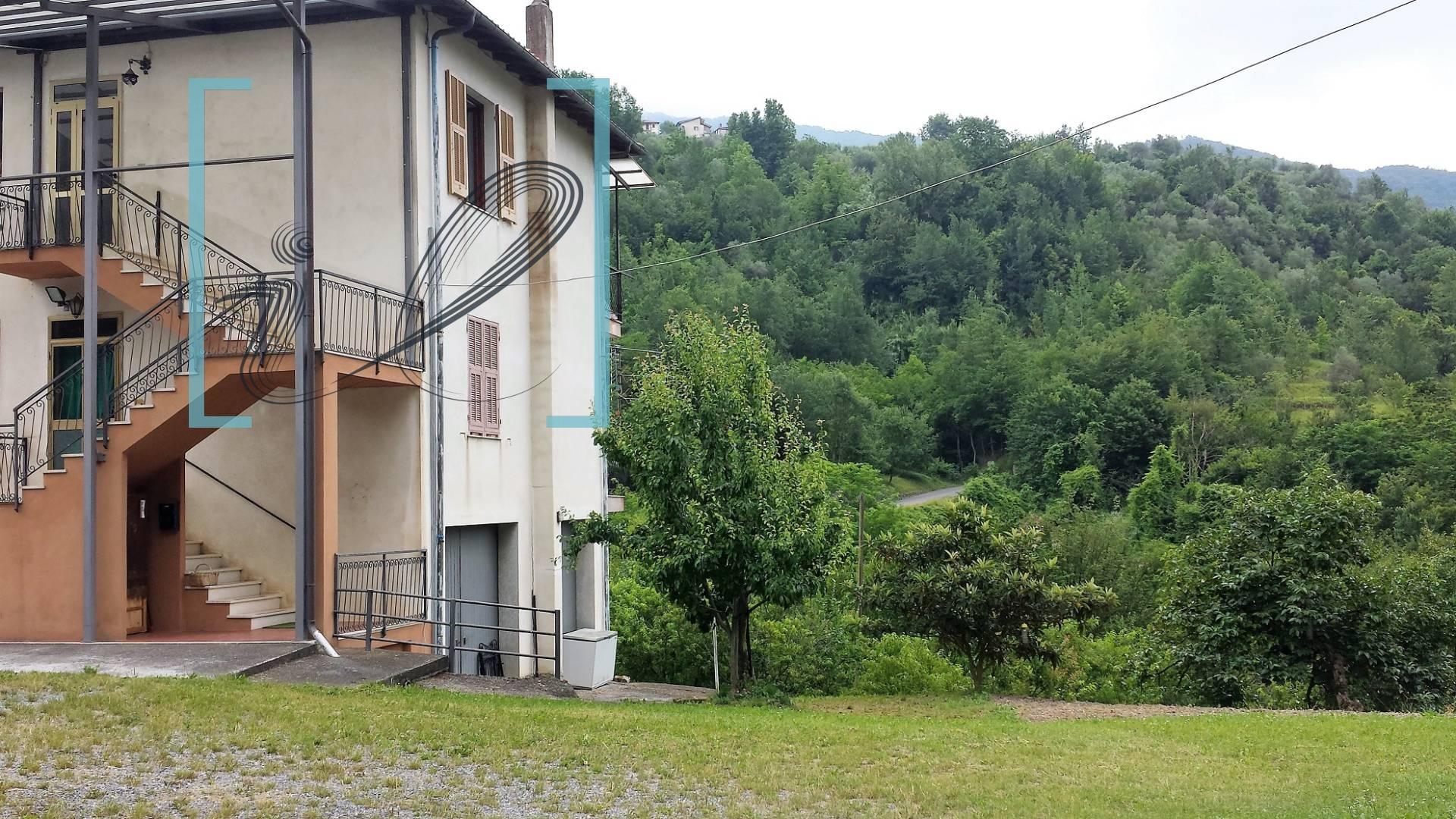 Appartamento in vendita a Pornassio, 5 locali, zona Zona: Ponti, prezzo € 80.000 | Cambio Casa.it
