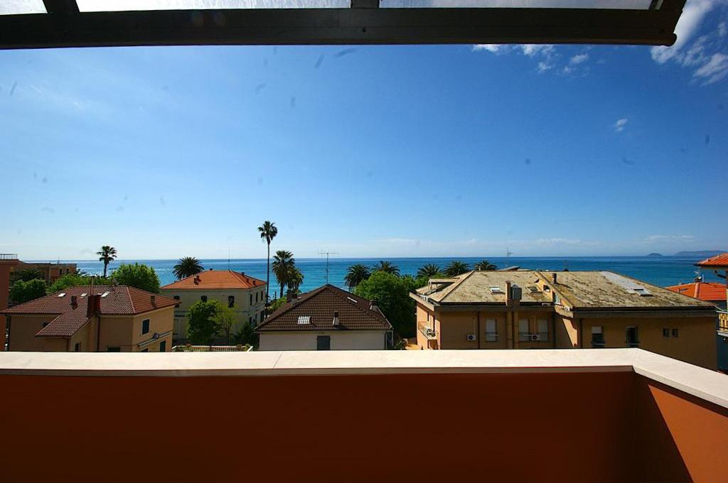 Appartamento in vendita a Borgio Verezzi, 3 locali, Trattative riservate | CambioCasa.it