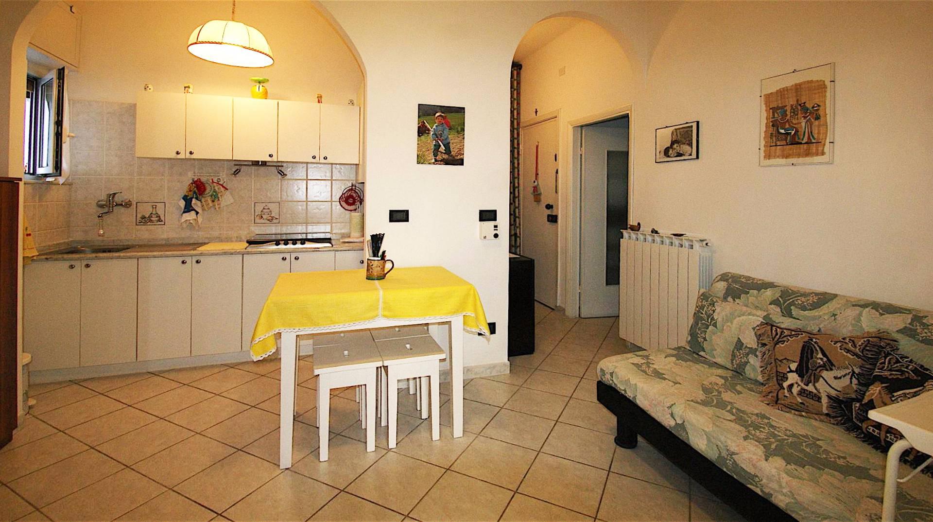 Appartamento in vendita a Borgio Verezzi, 2 locali, prezzo € 165.000 | Cambio Casa.it
