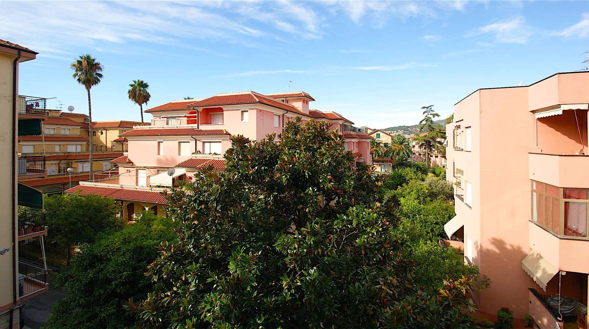 Appartamento in vendita a Borgio Verezzi, 2 locali, prezzo € 205.000 | Cambio Casa.it