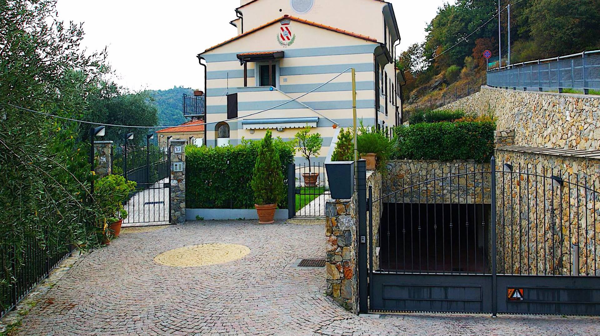 Appartamento in vendita a Magliolo, 2 locali, prezzo € 170.000 | CambioCasa.it