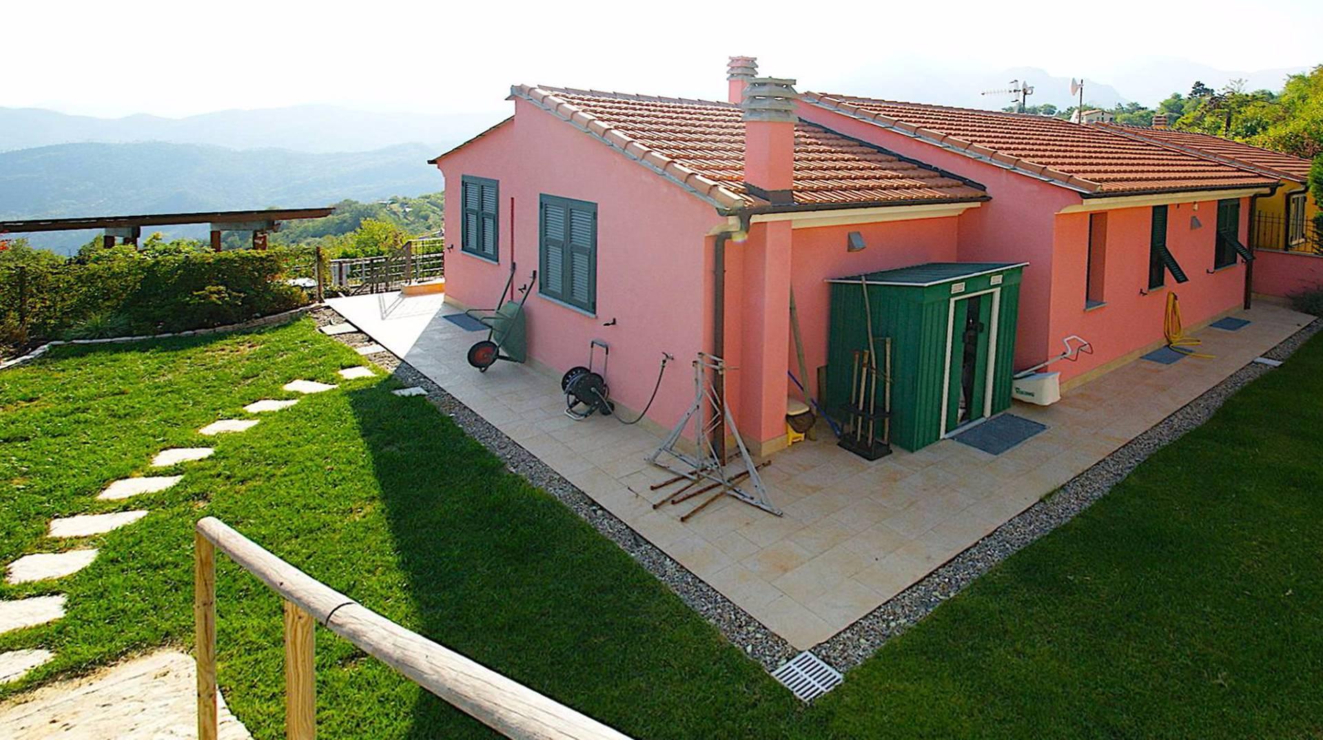 Villa in vendita a Tovo San Giacomo, 5 locali, prezzo € 520.000 | CambioCasa.it