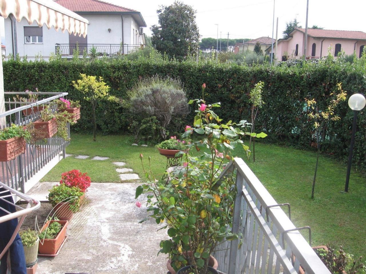 Foto - Villa In Vendita Massa (ms)