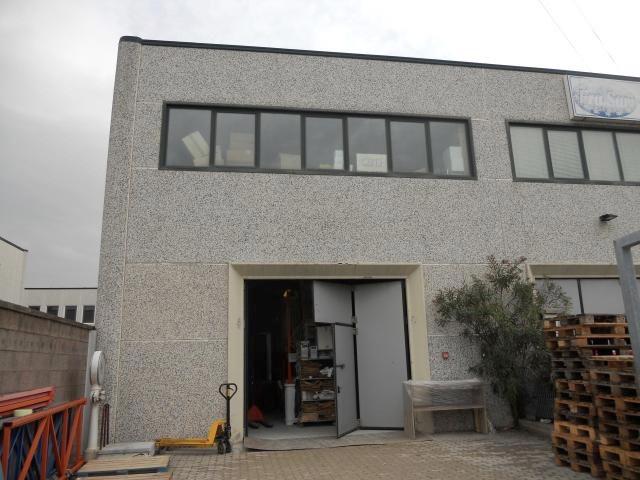 Capannone in affitto a Livorno, 9999 locali, zona Località: Periferianord, prezzo € 220.000   Cambio Casa.it