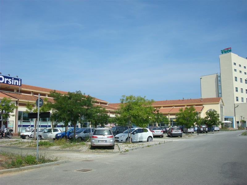 Negozio / Locale in vendita a Livorno, 9999 locali, zona Zona: ARDENZA, prezzo € 360.000 | Cambio Casa.it