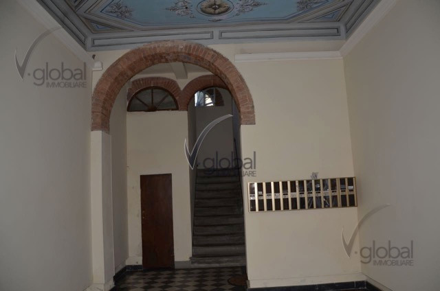 Bilocale Livorno Via Cesare Battisti 3