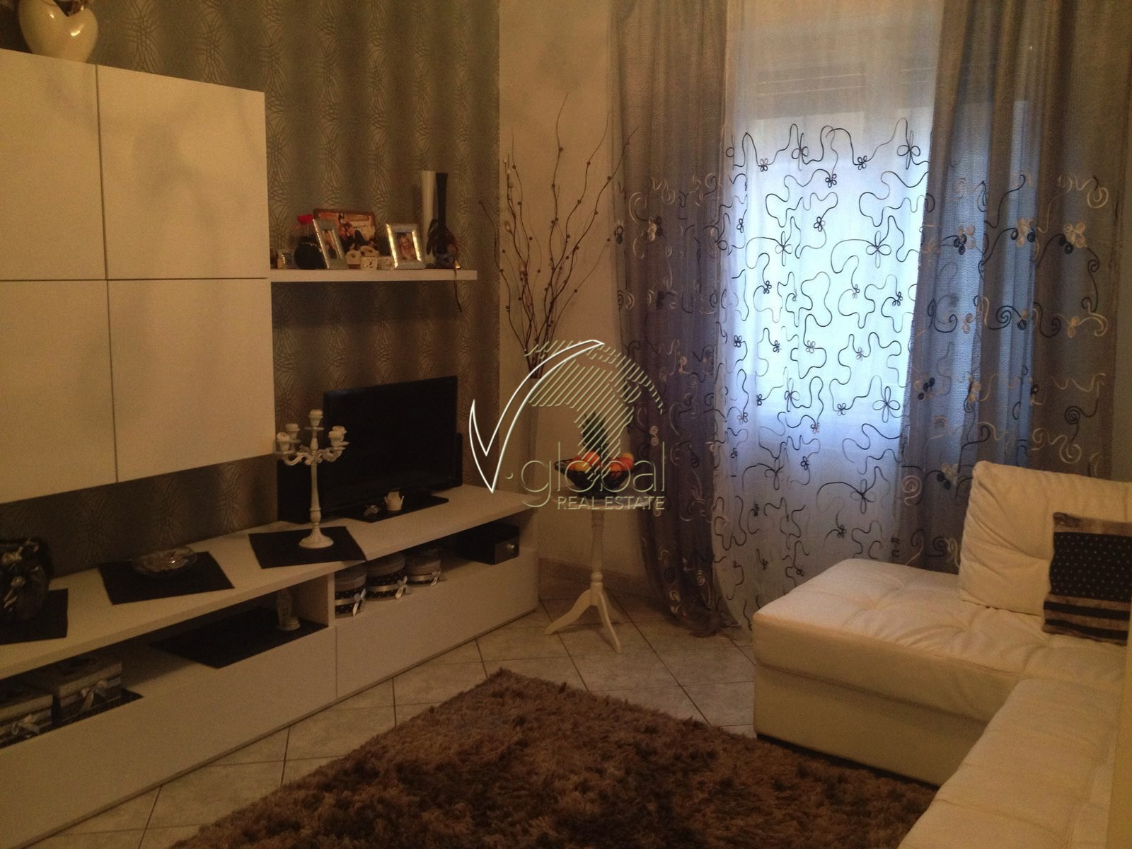 Appartamento in vendita a Livorno, 2 locali, zona Località: Periferianord, prezzo € 92.000 | Cambio Casa.it