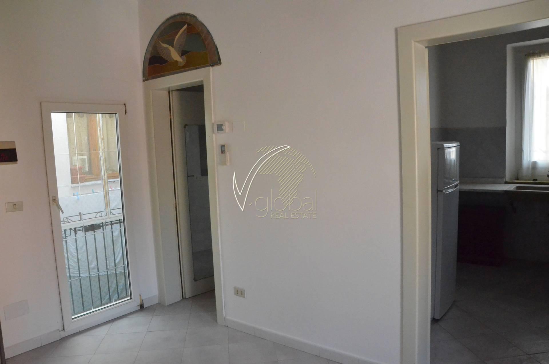 Appartamento in vendita a Livorno, 3 locali, zona Zona: Lungomare, prezzo € 89.000 | Cambio Casa.it