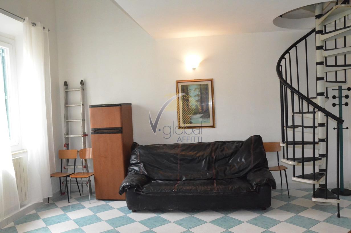Bilocale Livorno Via Cesare Battisti 9
