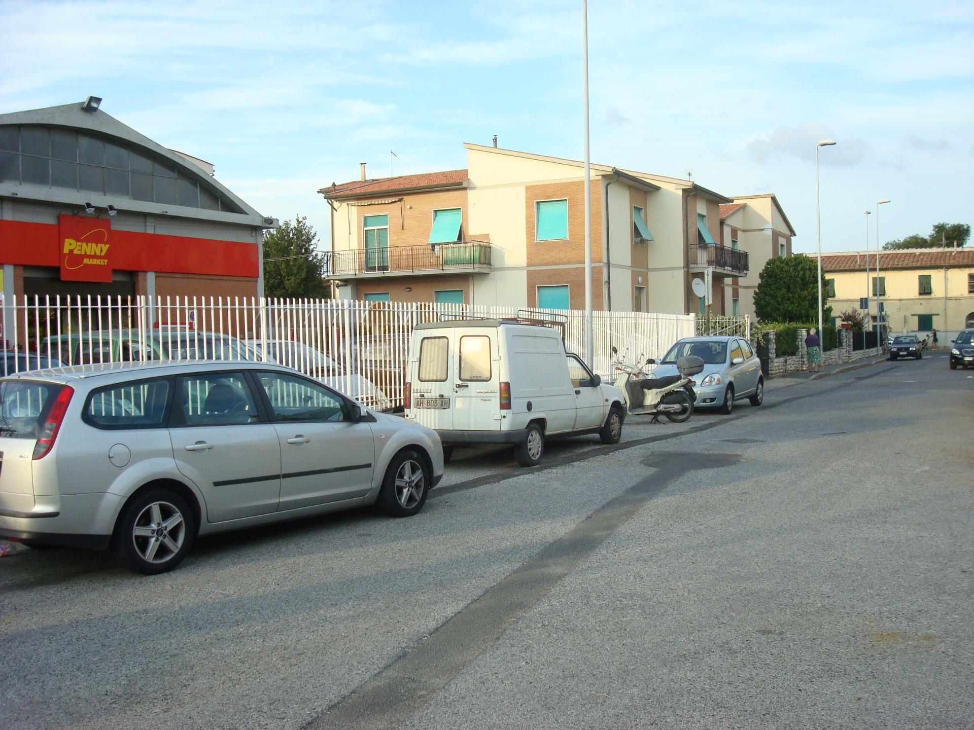Capannone in Affitto a Livorno
