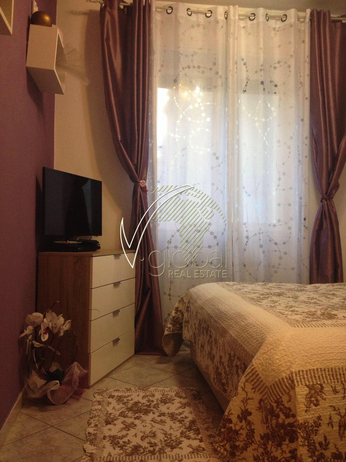 Bilocale Livorno Via Emilio Zola 8