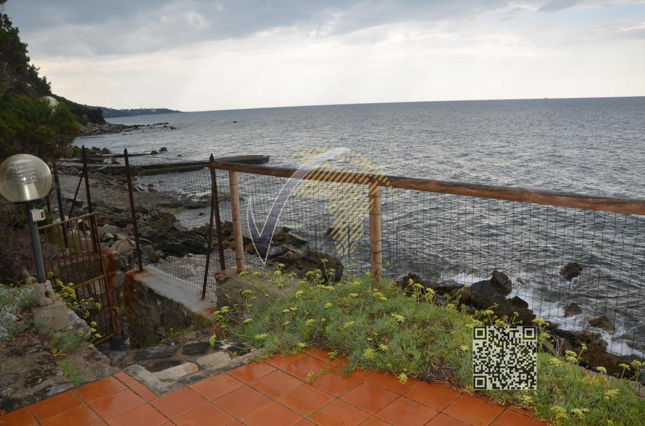 Villa in vendita a Livorno, 8 locali, zona Località: Castiglioncello, prezzo € 2.900.000 | Cambio Casa.it