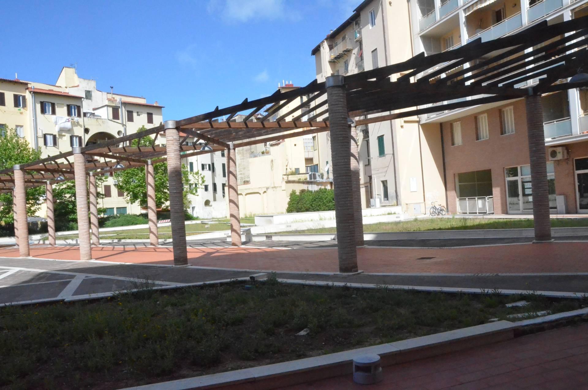 Ufficio / Studio in affitto a Livorno, 9999 locali, zona Zona: Centro, prezzo € 850 | Cambio Casa.it
