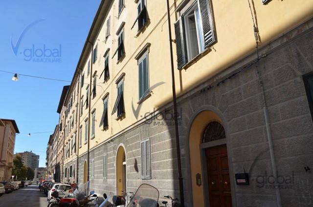 Bilocale Livorno Via Cesare Battisti 5