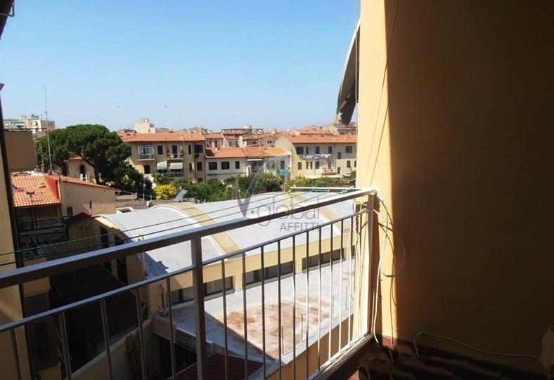 Appartamento in affitto a Livorno, 5 locali, zona Zona: Centro, prezzo € 600 | Cambio Casa.it