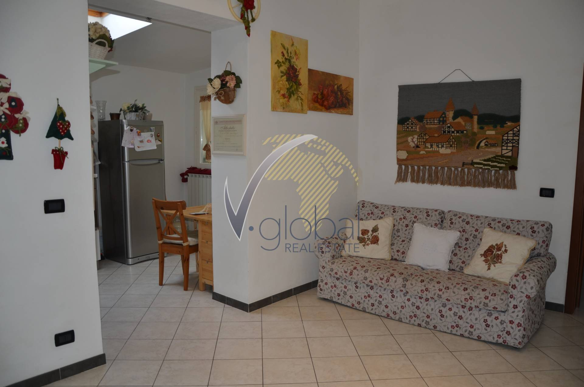 Bilocale Livorno Via Montebello 3