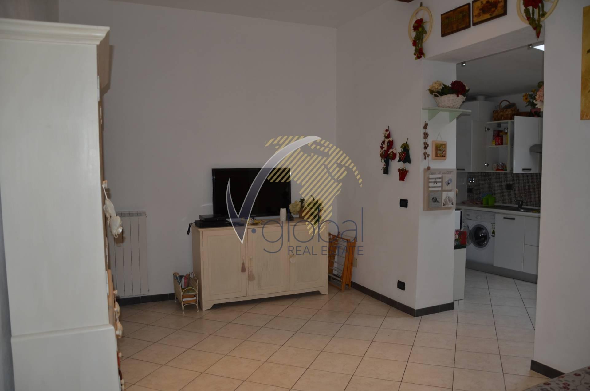 Bilocale Livorno Via Montebello 10