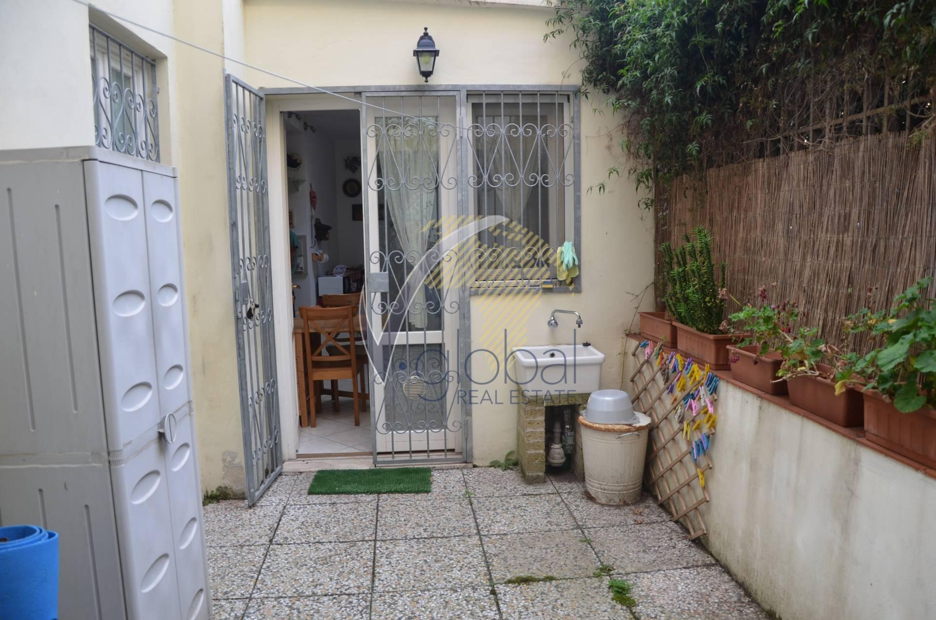 Appartamento in vendita a Livorno, 2 locali, zona Zona: Lungomare, prezzo € 120.000 | Cambio Casa.it