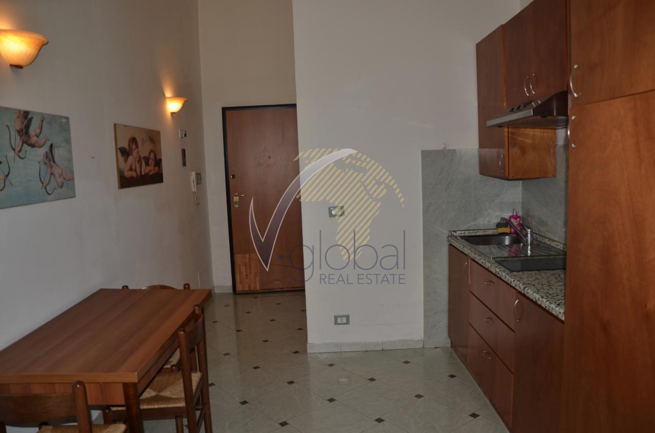 Appartamento in affitto a Livorno, 2 locali, zona Zona: Centro, prezzo € 500   Cambio Casa.it
