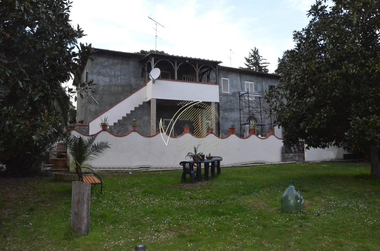 Rustico / Casale in vendita a Fauglia, 9 locali, prezzo € 610.000 | CambioCasa.it