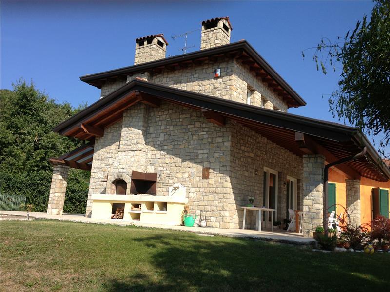 Villa in vendita a Lonato, 6 locali, zona Zona: Maguzzano, Trattative riservate | CambioCasa.it