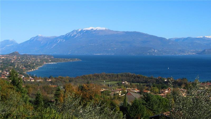 Terreno Edificabile Residenziale in vendita a Lonato, 9999 locali, zona Zona: Maguzzano, prezzo € 230.000 | CambioCasa.it