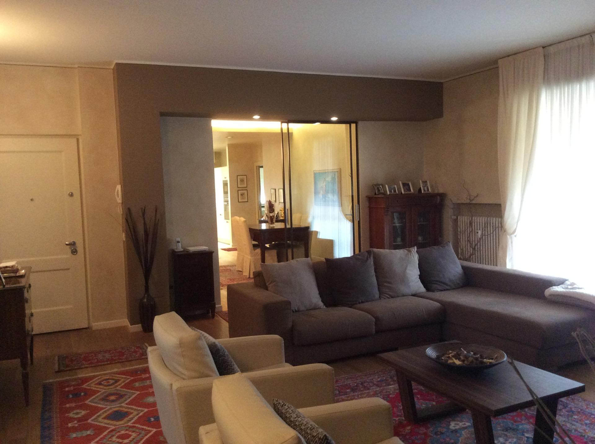 Appartamento in vendita a Brescia, 5 locali, zona Località: 2-BRESCIANORD,MOMPIANO,VILLAGGIOPREALPINO,SANROCCHINO,BORGOTRENTO,SANBARTOLOMEO,SANTEUSTACHIO,CASAZZA, prezzo € 590.000   CambioCasa.it