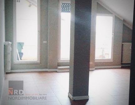 Appartamento in affitto a Brescia, 3 locali, zona Località: 3-PORTAVENEZIA,PANORAMICA,VIALEBORNATA, prezzo € 690 | CambioCasa.it