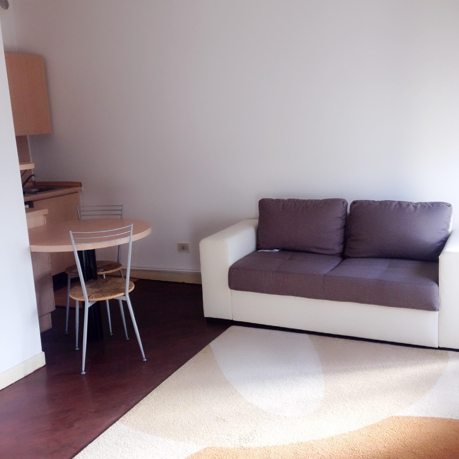 Appartamento in affitto a Brescia, 1 locali, zona Località: 1.1CENTROCITTA, prezzo € 380 | CambioCasa.it