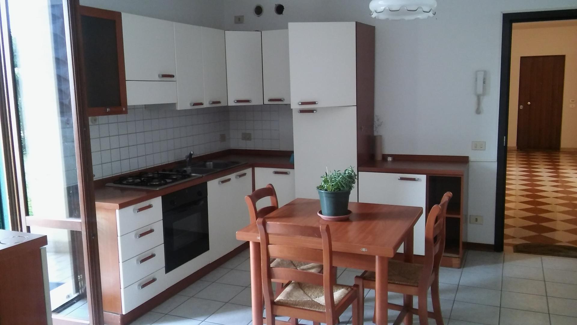 Appartamento in affitto a Carbonera, 2 locali, zona Zona: Biban, prezzo € 450 | CambioCasa.it