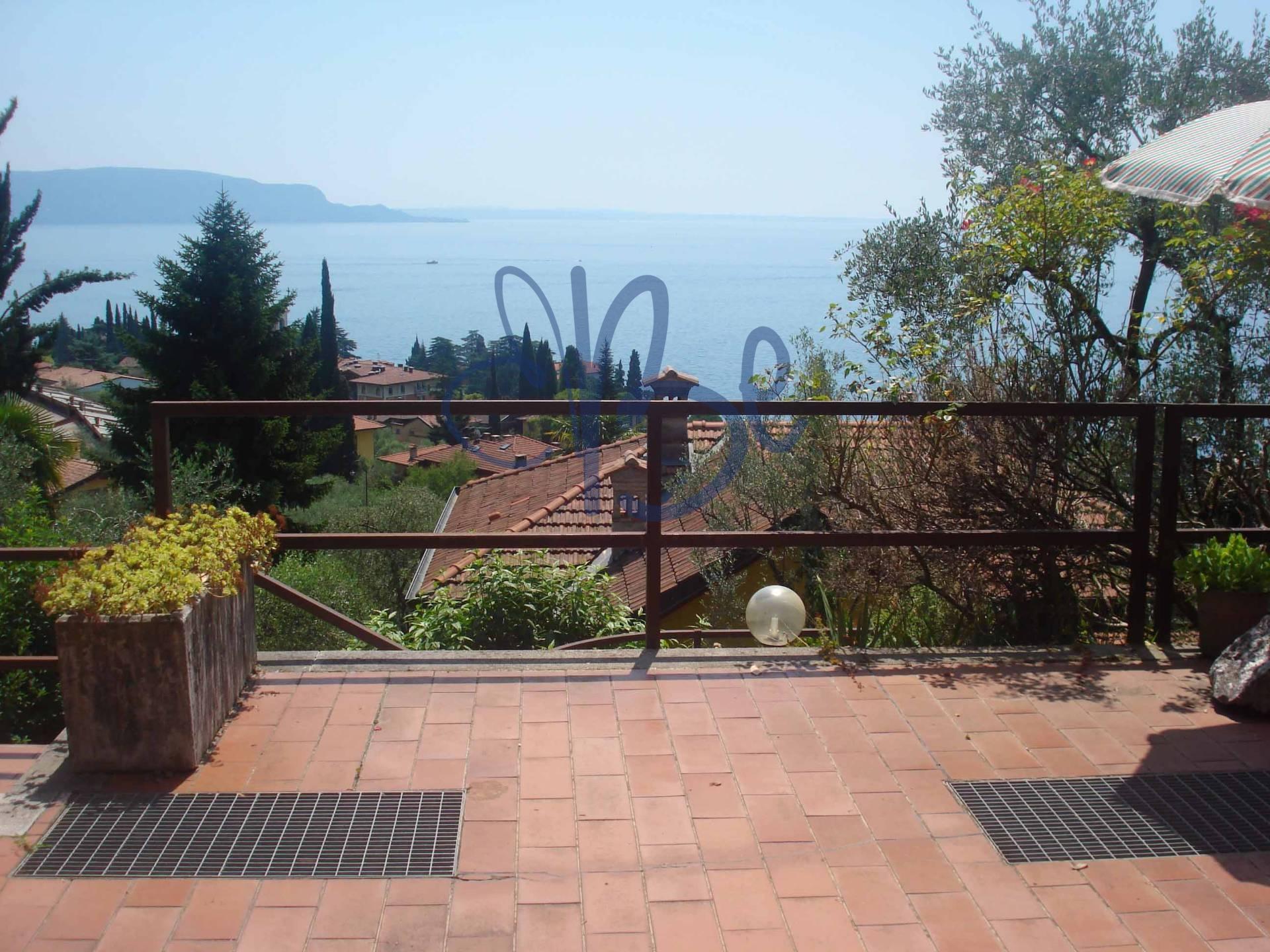 Appartamento in vendita a Gardone Riviera, 3 locali, zona Località: FasanoSopra, prezzo € 235.000 | Cambio Casa.it