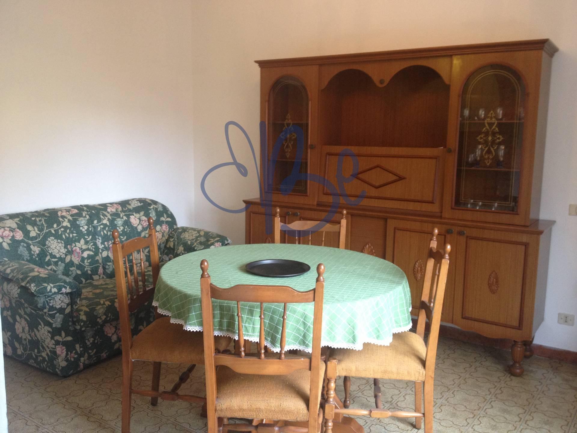 Appartamento in affitto a Salò, 2 locali, prezzo € 400 | Cambio Casa.it