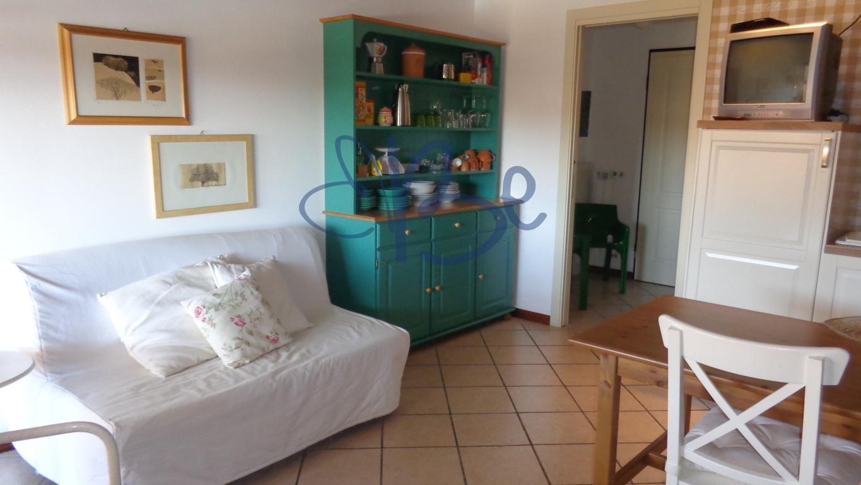Bilocale Puegnago sul Garda Via Borgo Alto 10
