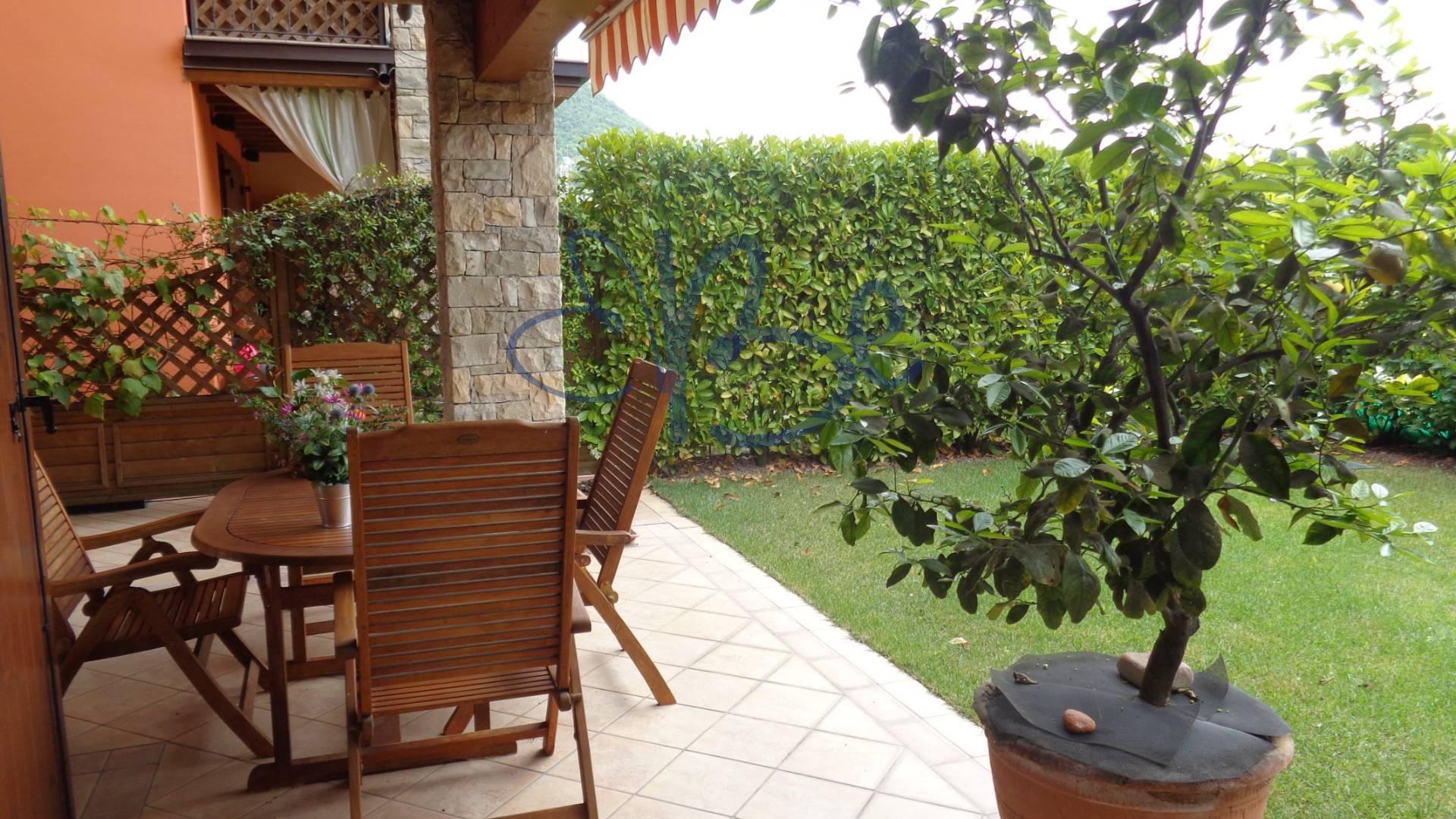 Villa Bifamiliare in vendita a Salò, 6 locali, zona Località: Salò, prezzo € 410.000 | Cambio Casa.it