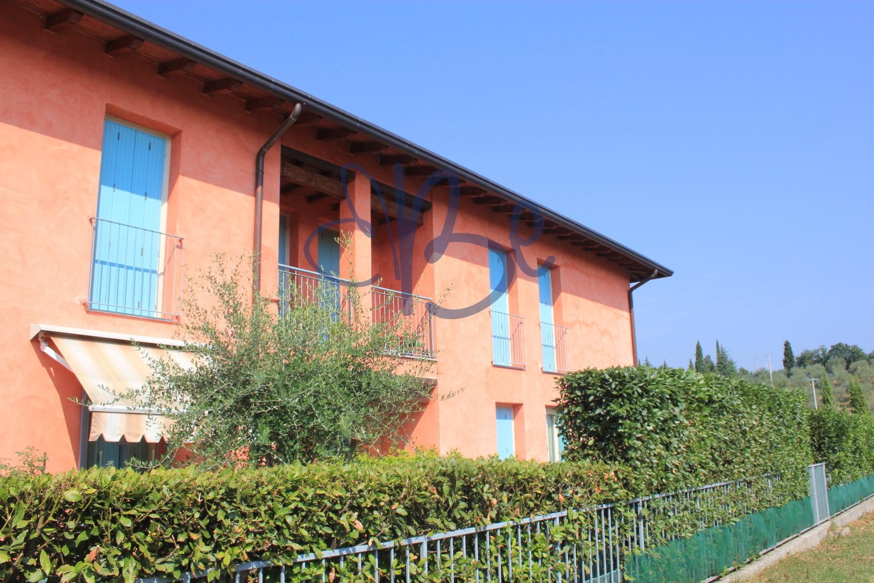 Appartamento in vendita a Salò, 3 locali, zona Zona: Villa, prezzo € 158.000 | Cambio Casa.it