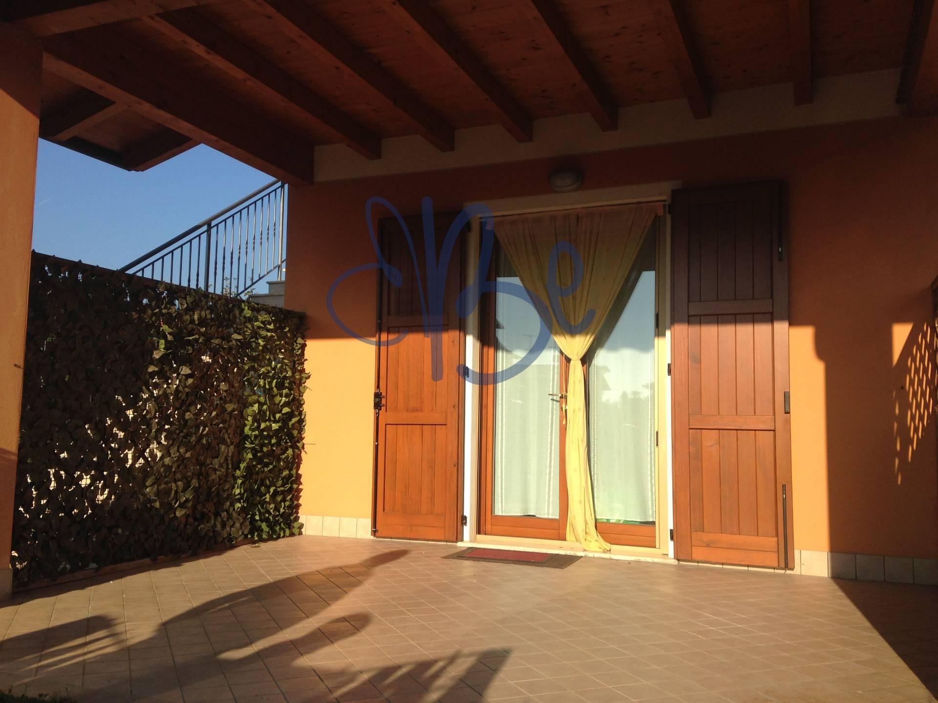 Appartamento in vendita a Puegnago sul Garda, 2 locali, prezzo € 145.000 | Cambio Casa.it