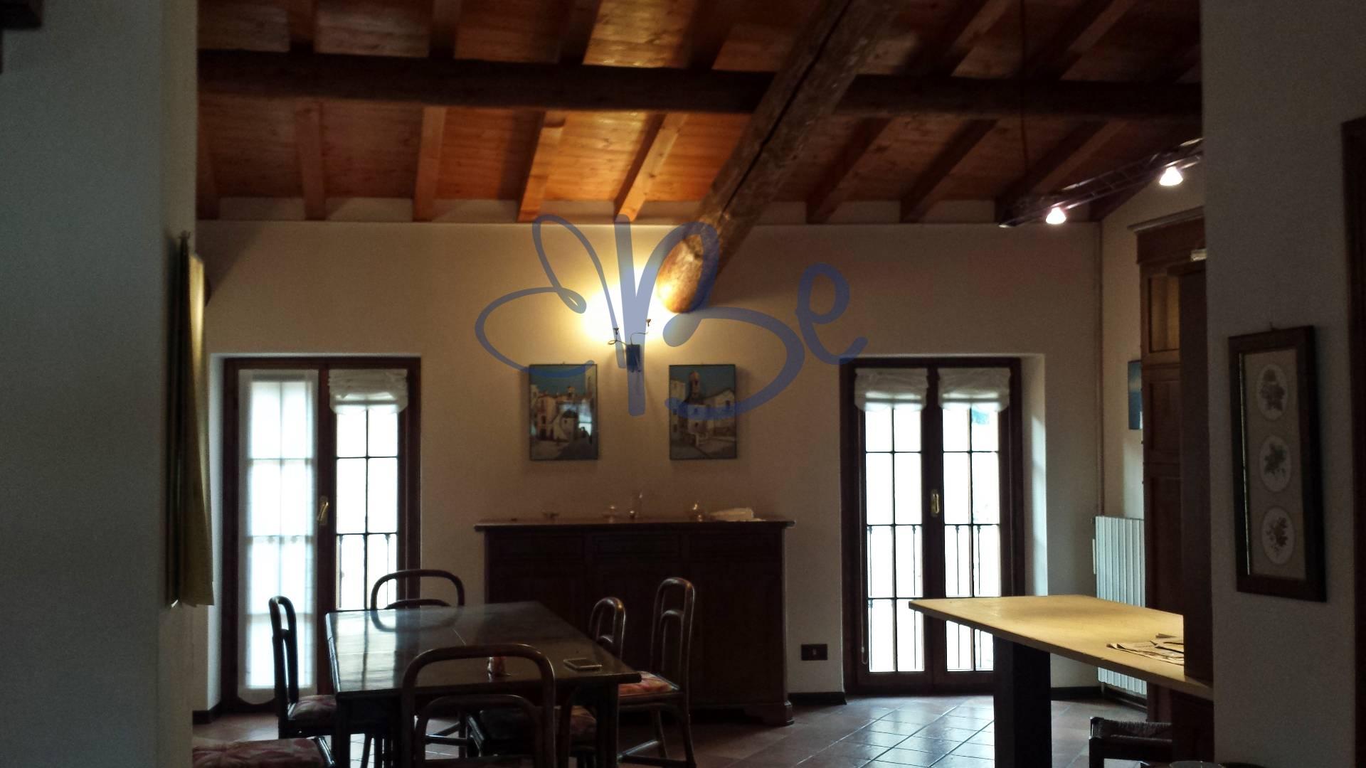 Attico / Mansarda in vendita a Gargnano, 3 locali, zona Zona: Bogliaco, prezzo € 190.000 | Cambio Casa.it