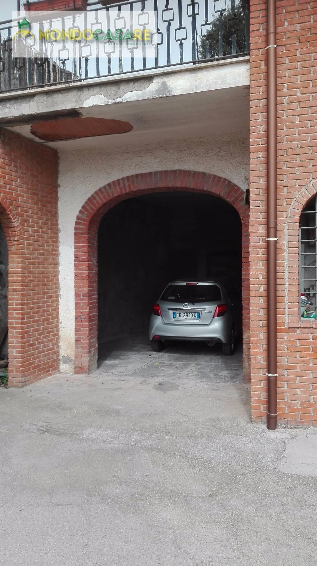 Villa in affitto a Palombara Sabina, 4 locali, prezzo € 550 | Cambio Casa.it