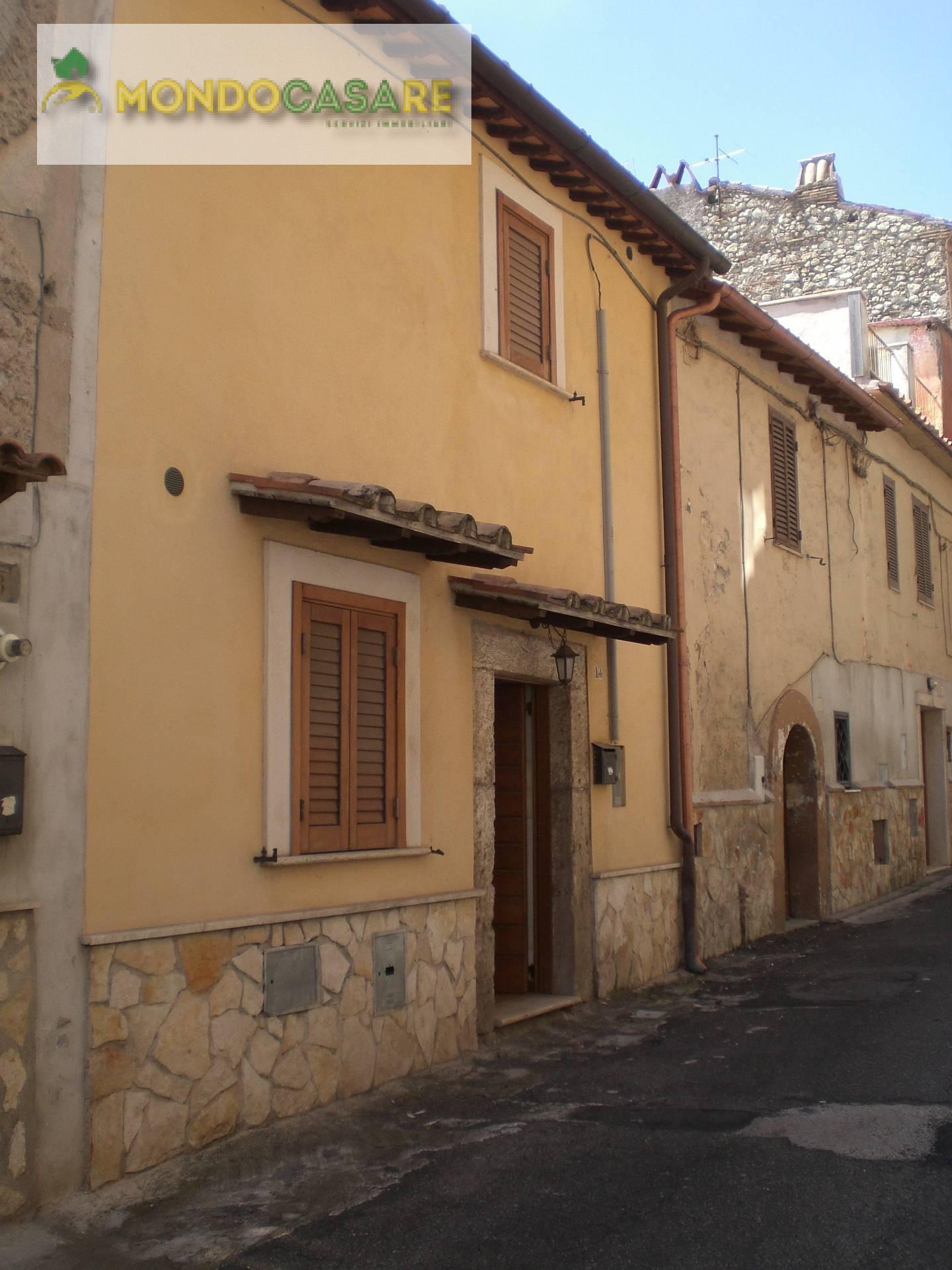 Appartamento in affitto a Palombara Sabina, 2 locali, prezzo € 400 | CambioCasa.it