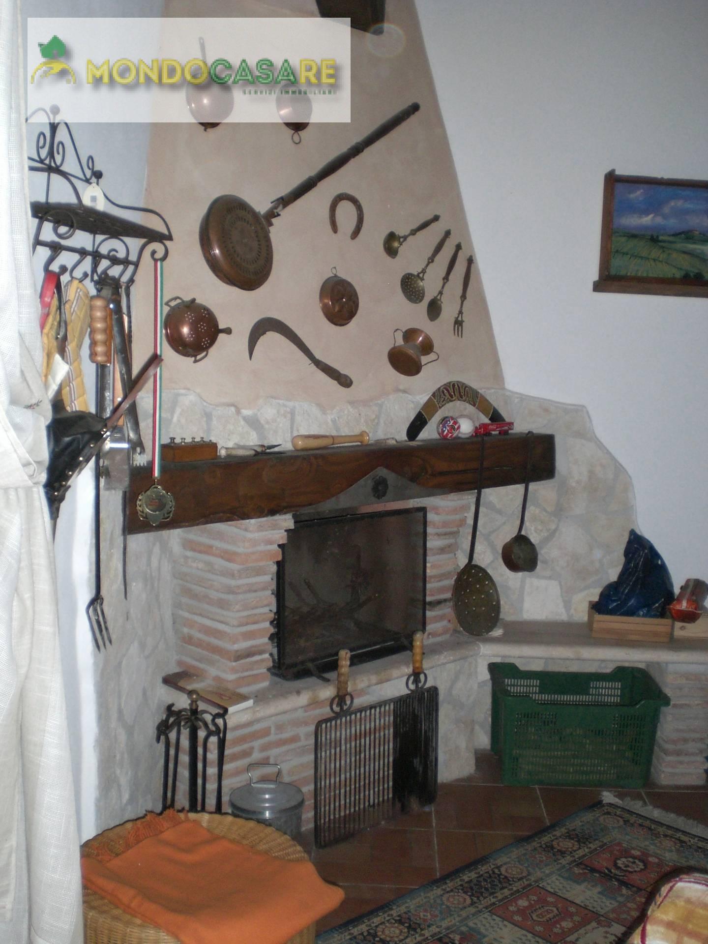 Bilocale Palombara Sabina Via Trieste 4