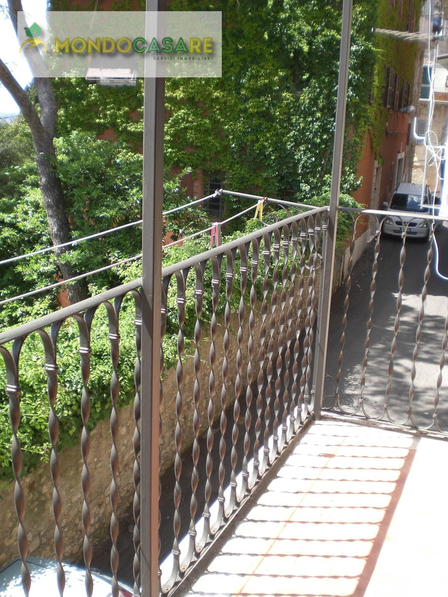 Bilocale Palombara Sabina Via Trieste 10