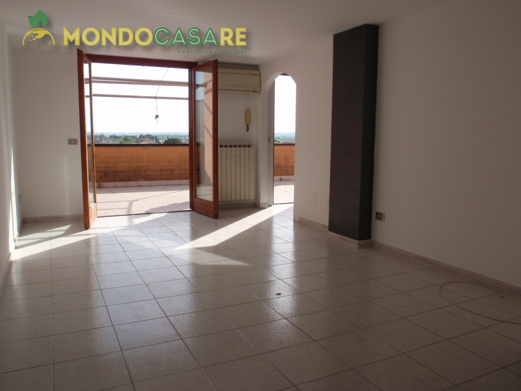 Bilocale Monterotondo  5