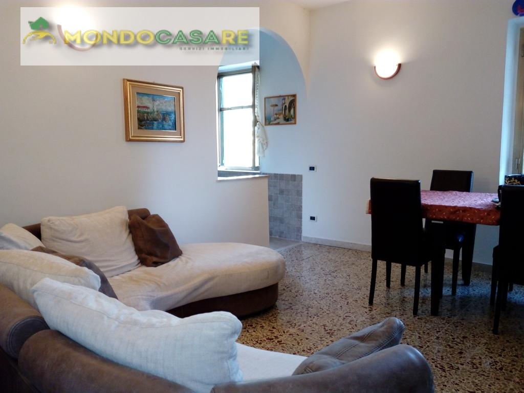 Soluzione Indipendente in vendita a Poggio Mirteto, 3 locali, zona Località: PoggioMirtetoScalo, prezzo € 165.000 | Cambio Casa.it