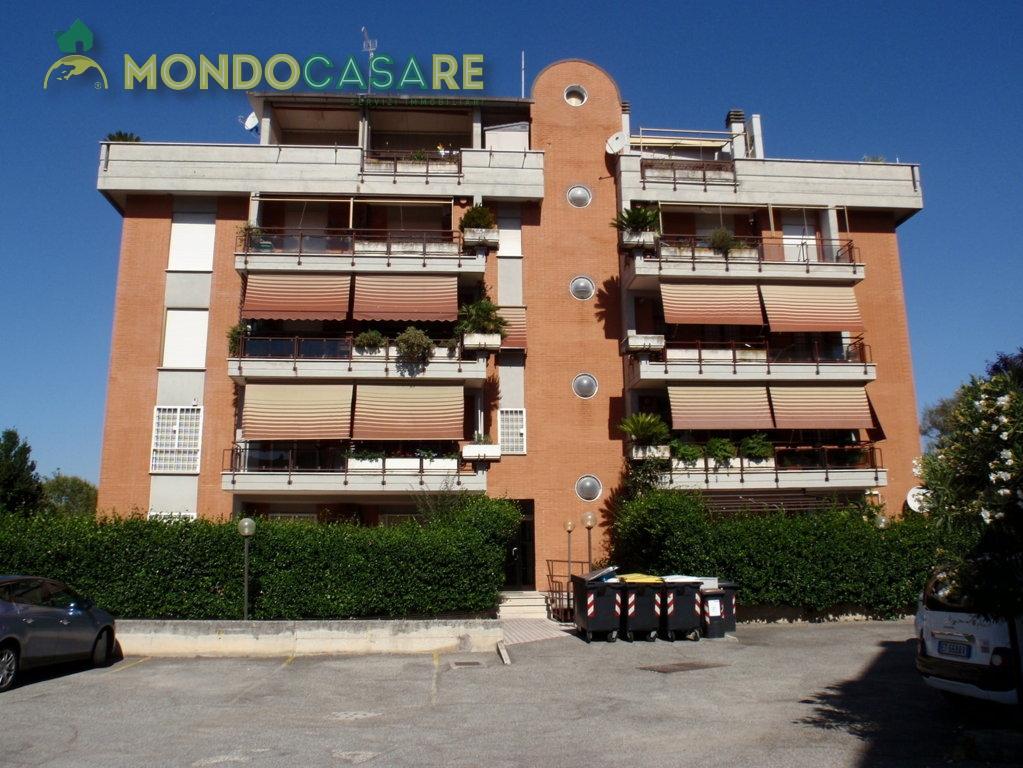 Bilocale Monterotondo Via Val Di Fassa 2